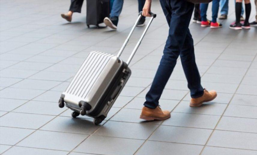 Best Silver Suitcase